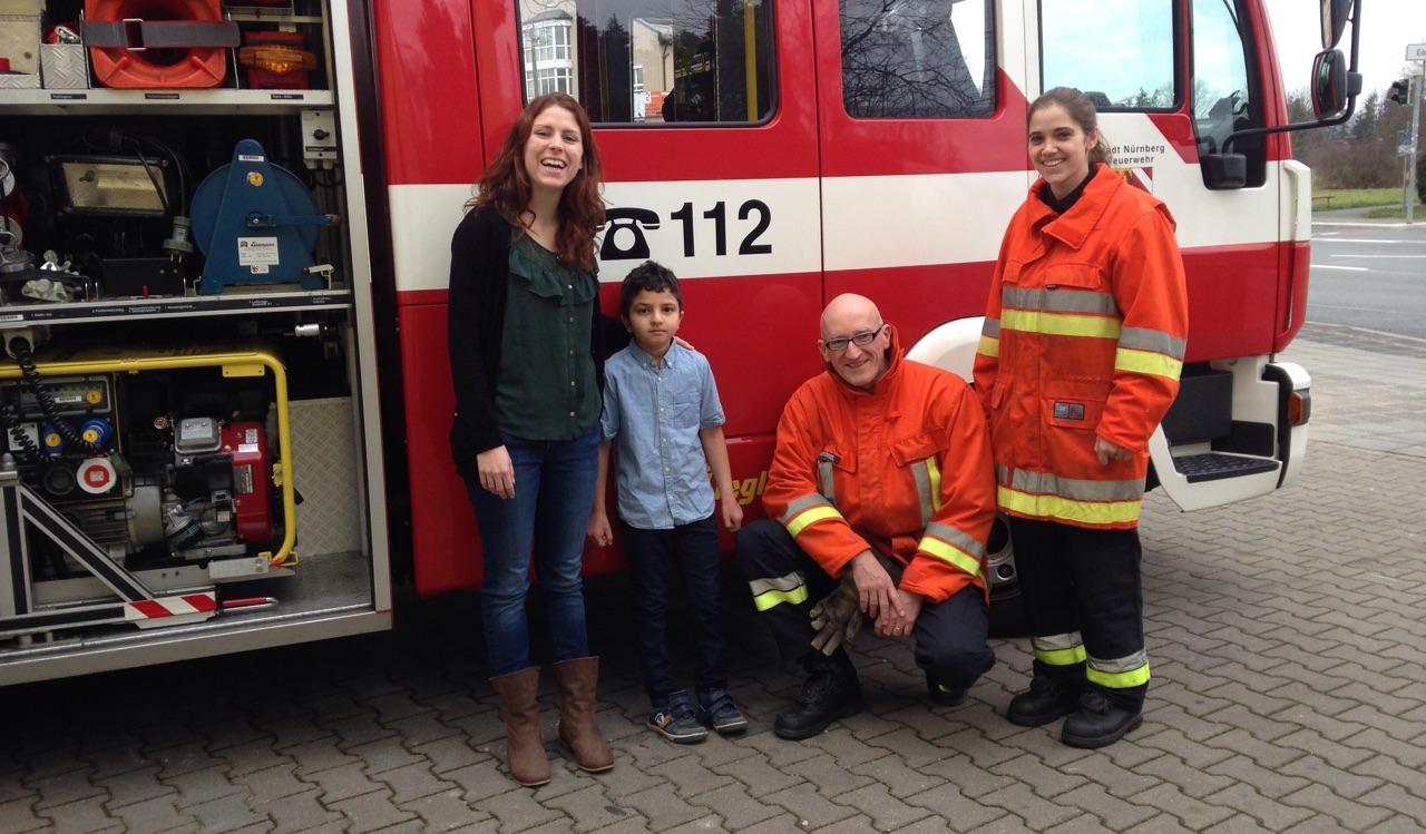 Feuerwehr beschert Eibacher Flüchtlingskinder